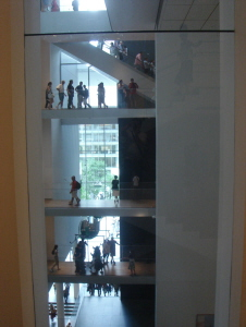 17 MOMA 階段.jpg