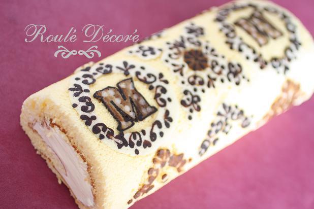 とっておきのバレンタインにむく 【デコロールケーキの図案集】 つかている色粉再公開。
