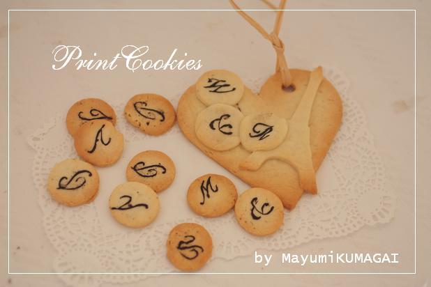 stenciled cookies