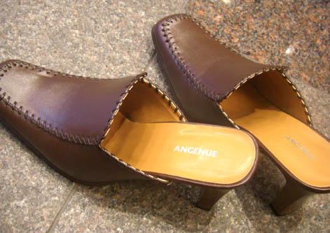 この靴、銀座の1等地で ...