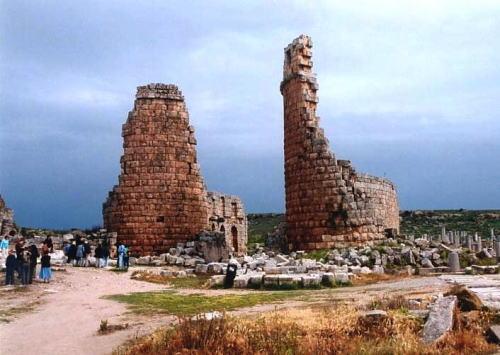 ペルゲの遺跡・塔