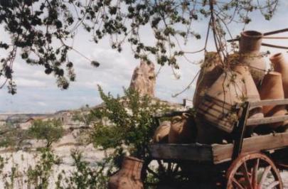 カッパドキア・壺と奇岩(トルコ)
