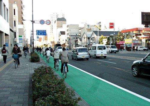 自転車レーン設置 | 松山ブログ ...