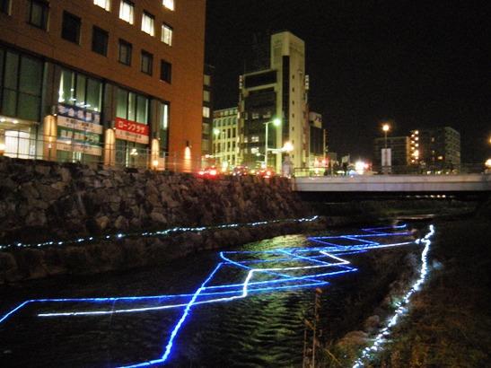 女鳥羽川のイルミネーション3