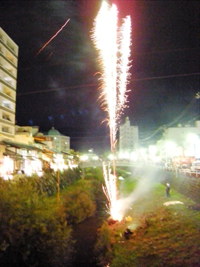 神道祭り花火4
