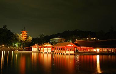 厳島神社夜景