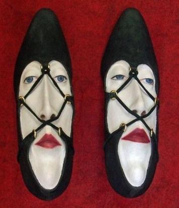 ちょっと変わった靴たち