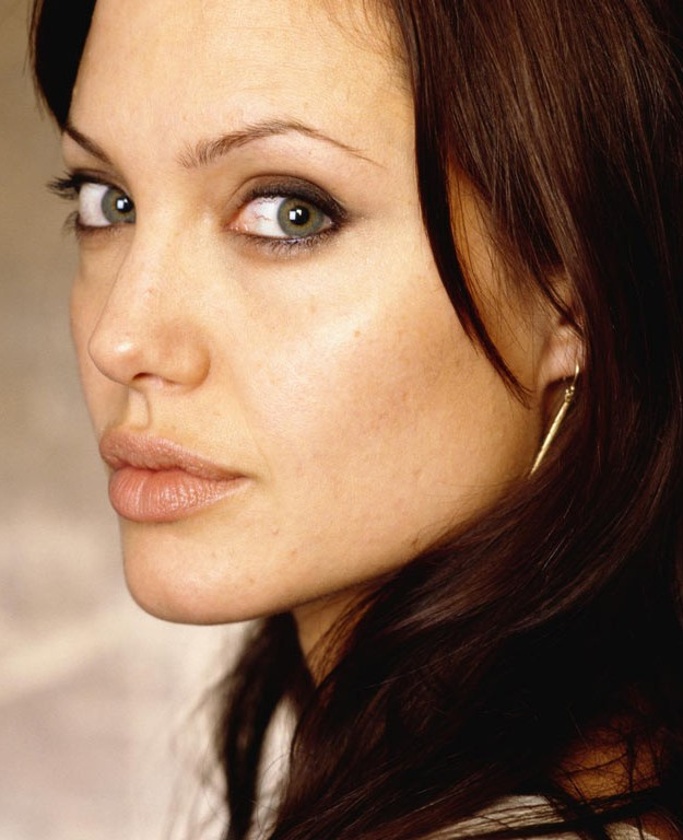 Angelina Jolie Voight Images6.com : Celebrity pictures archive