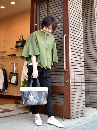 support surface サポートサーフェス ブラウス カーキ