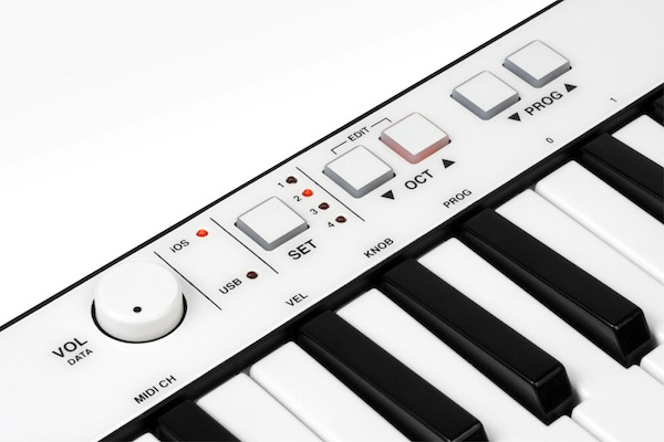 iRig_Keys_controls_closeup.jpg