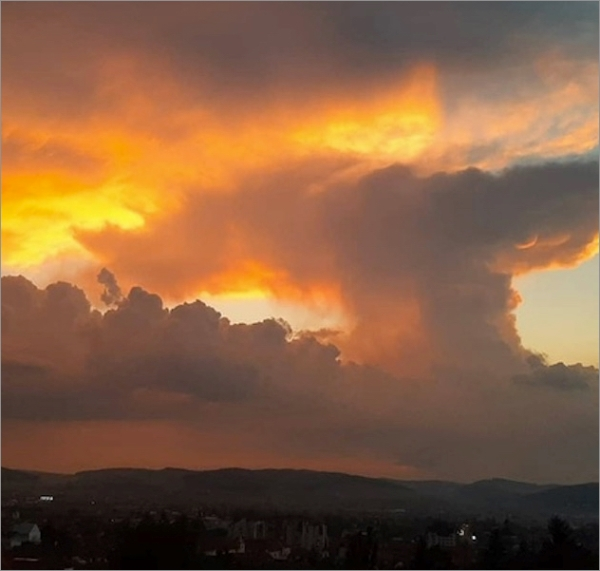 romania-clouds-003b.jpg