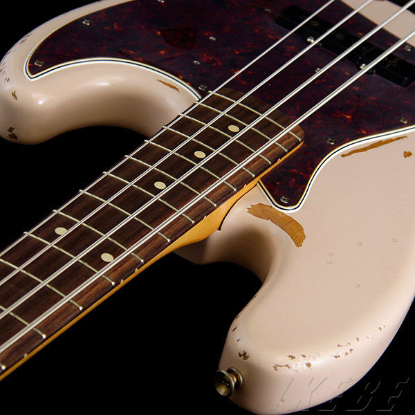 Flea Jazz Bass-kizu1.jpg
