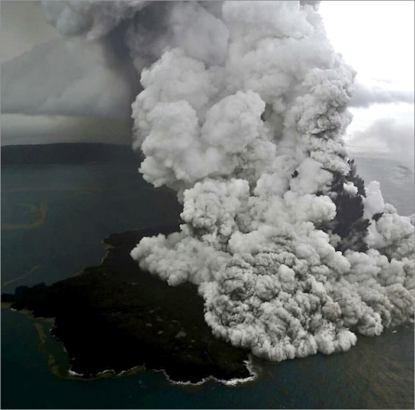 krakatau-eruption-1223.jpg