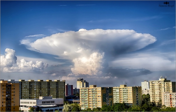 czech-mashroom-cloud0605.jpg