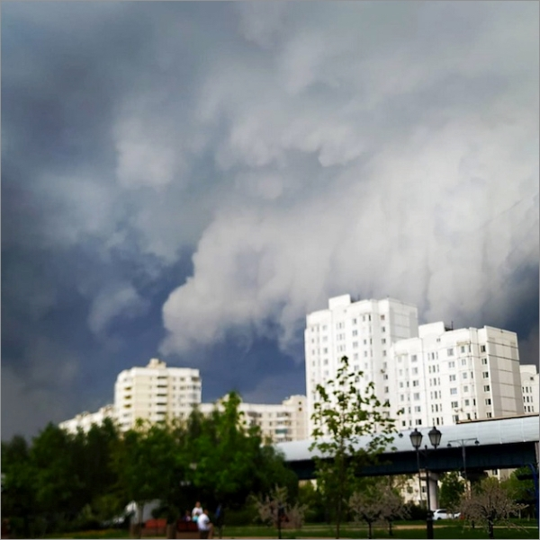 moscow-storm-0509.jpg