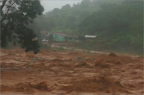 cyclone-idai-flood003.jpg