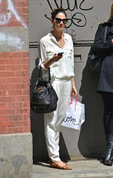 lily-aldridge-new-york-city-equipment-signature-silk-shirt-31-phillip-lim-draped-trousers-charlotte-olympia-kitty-flats-givenchy-pandora-bag.jpg