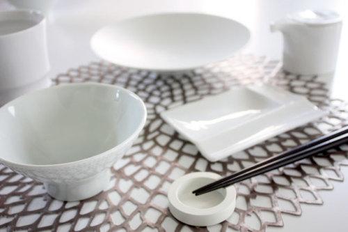 スタイリッシュな食器にも合わせやすい上品な茶碗 NIKKO ニッコー WAGAYA (わがや) 親子で揃えられる茶碗  .jpg