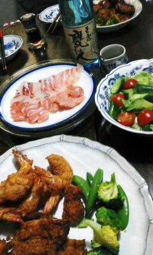 甕仙人と料理.jpg