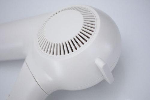 ノビのデザインをそのままに、コンパクトに収納できる真っ白なヘアドライヤー無印良品 WAGAYA (わがや)) 我が家セレクト シンプルデザイン 真っ白 ヘアドライヤー ホワイト家電  .jpg