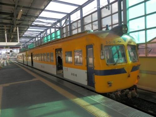 a005イチハタ電車.jpg