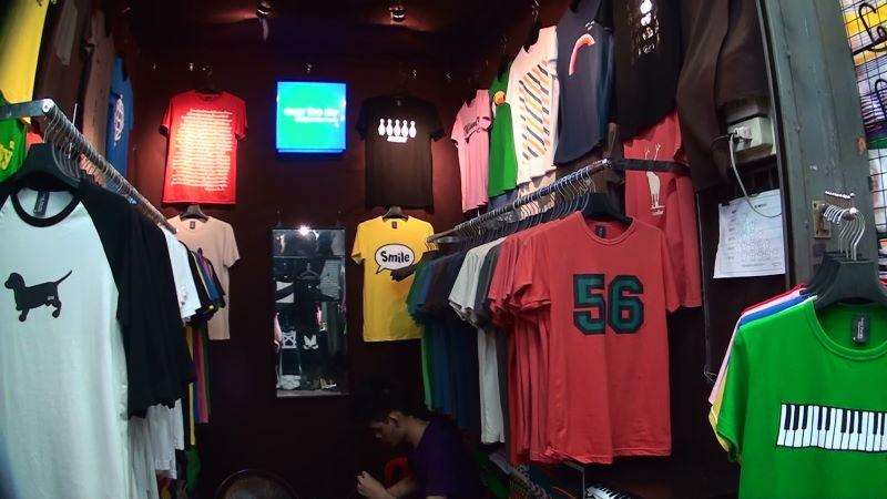21-85-130 Tシャツ.JPG