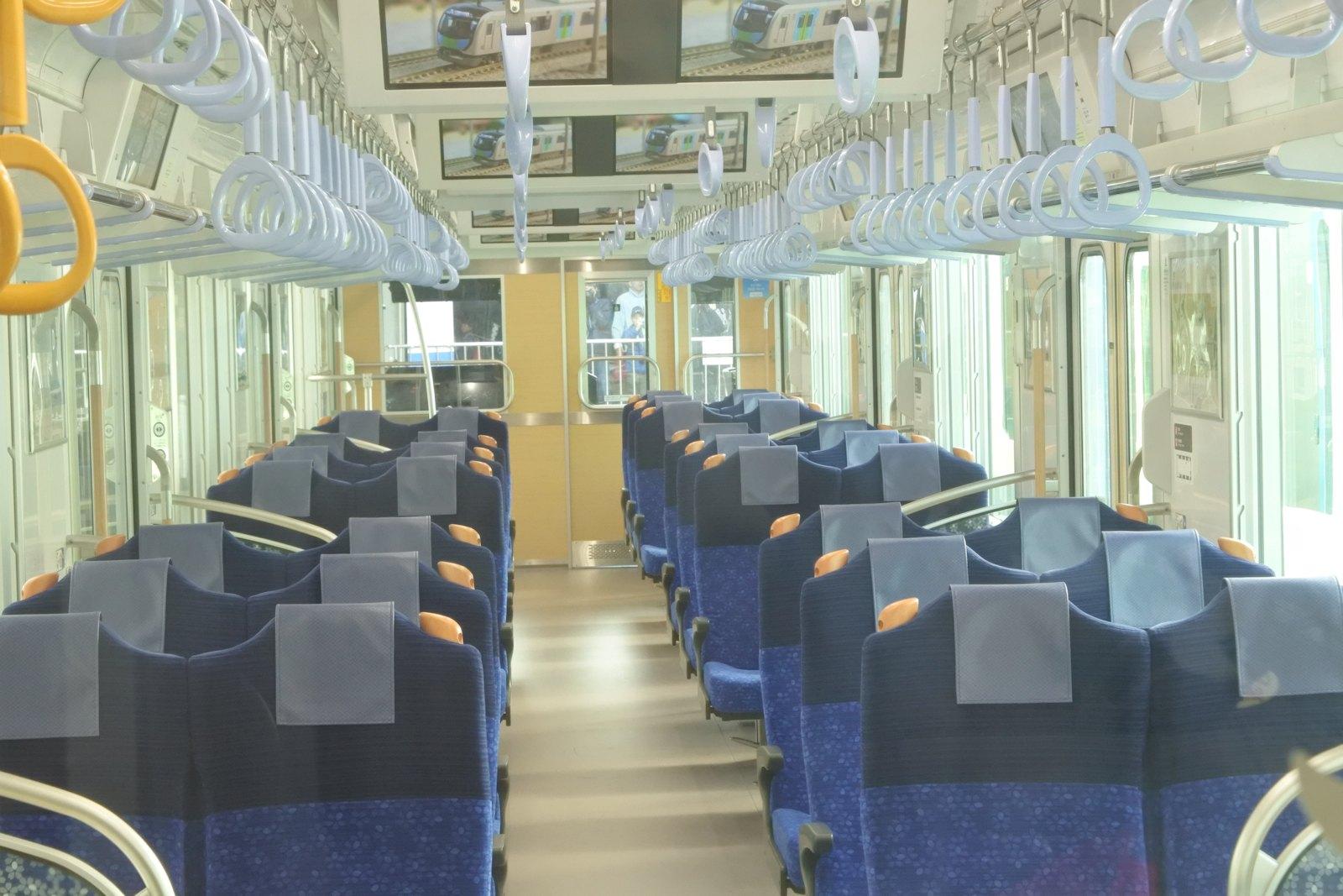 Interior of Seibu 40000 Series in transverse configuration