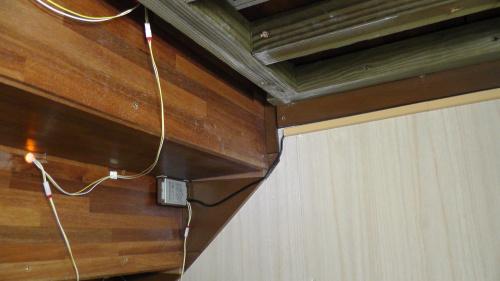 階段灯の配線処理