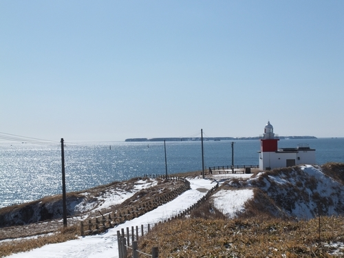 H15-05_花咲灯台とユルリ島・モユルリ島.jpg