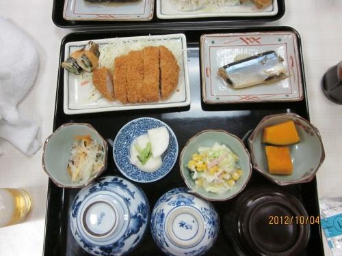 IMG_3396ロッヂ黒四の夕食.jpg