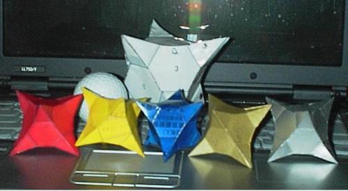 正四角錐星型八面体作品.JPG