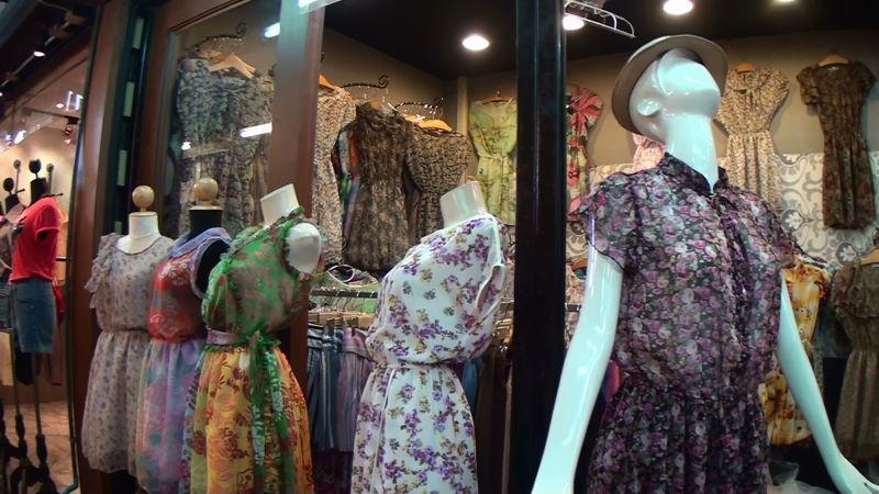 21-98-158 女性服.JPG