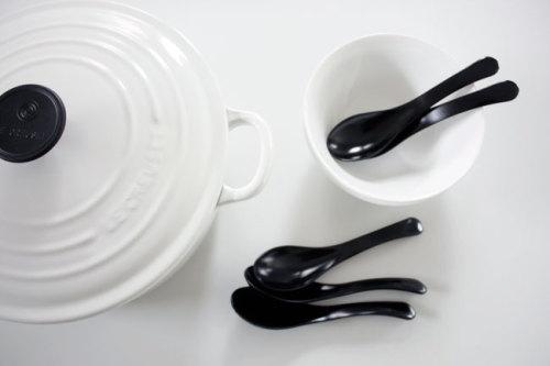 日本の伝統 漆を使いやすく 洋食器にも合わせて使えるレンゲ代わりの漆のスプーン ブラックでシックにモダンに WAGAYA (わがや) セレクト インテリア雑貨 シック モダン テーブルウェア MY HOME .jpg