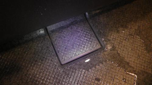 排水口のフタを閉める