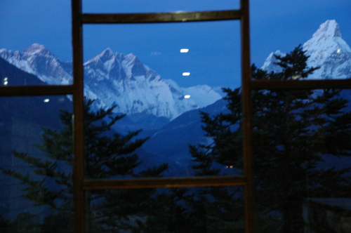 2012ネパールエベレスト街道ツアー 216.jpg