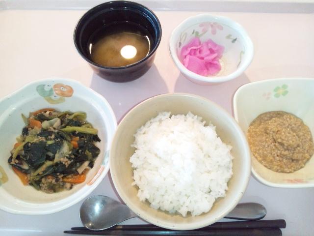 小松菜のそぼろ炒め