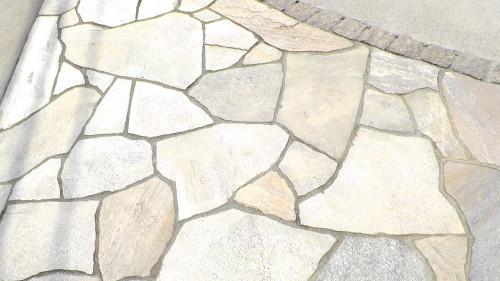 エルドラドクォーツの乱形石貼り
