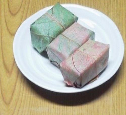 柿の葉寿司 1.jpg