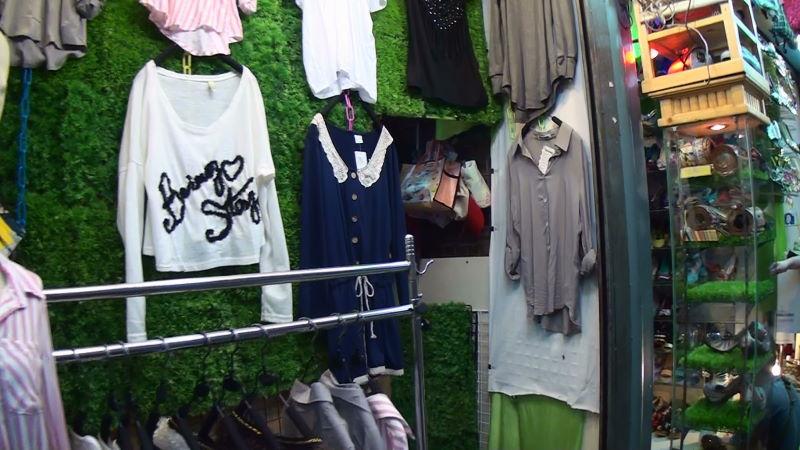22-160-300 女性服.JPG