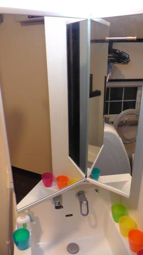 2階の洗面化粧台は2面鏡の60cmタイプ