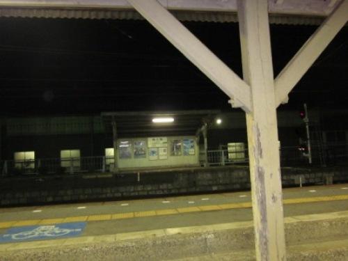 4 駅ホーム1.JPG
