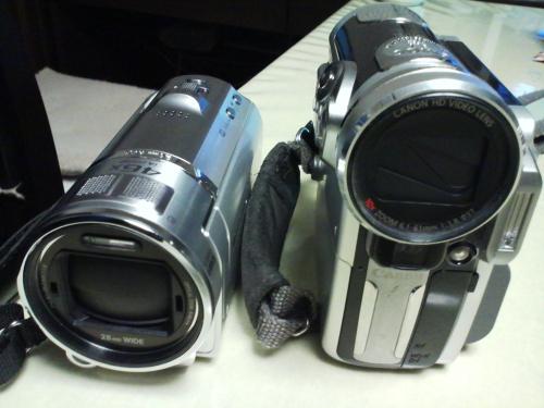 PanasonicのHC-V600M-SとCanonのHV10