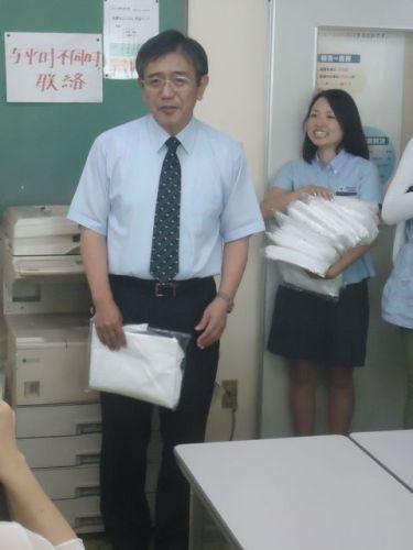 ガラスびん012(木村社長).JPG