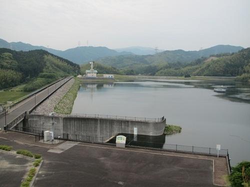 天拝湖ダム.jpg