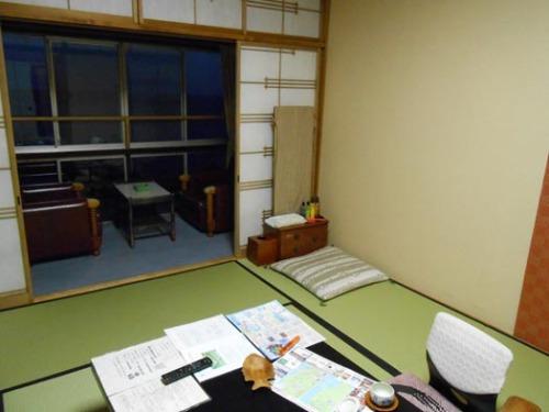 20130112熱川温泉たかみホテル2部屋.jpg