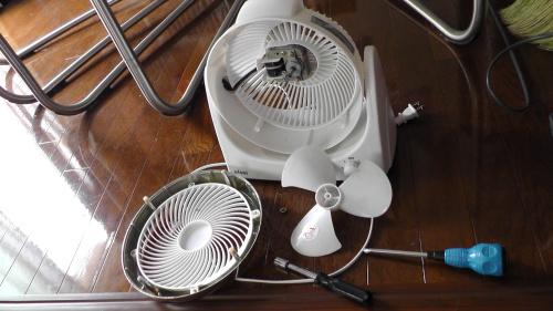 扇風機の分解清掃
