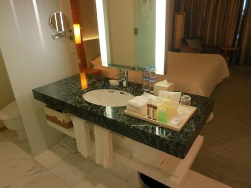 bath-03.JPG