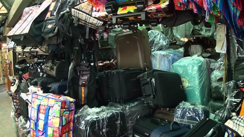 22-3-05 スーツケース.JPG