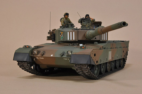 type90_20120316-01.jpg