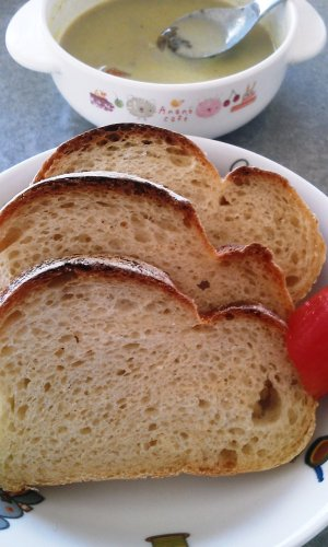 カレーとパン.jpg